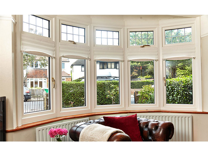 White%20Wooden%20Bay%20Double%20Glazed%20Window%20Owen23371